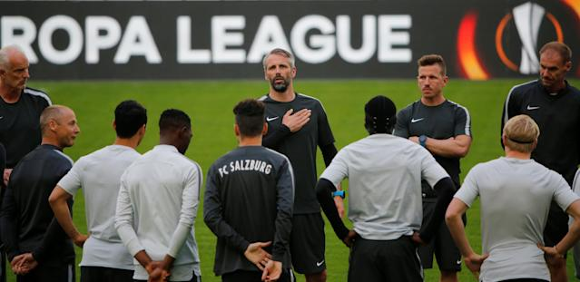 Soccer Football - Europa League - RB Salzburg Training - Orange Velodrome, Marseille, France - April 25, 2018 RB Salzburg coach Marco Rose talks to his players during training REUTERS/Jean-Paul Pelissier