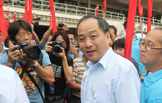 Party chief Low Thia Khiang dismisses talk of a rift within the Workers' Party