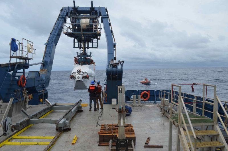 The deep-sea submersible Alvin is launched from R/V Atlantisoff the coast of Delaware on Monday. A research team has planned 12 dives over the next two weeks to explore and study deep ocean ecosystems off the southeast coast. (Chris D'Angelo/HuffPost)