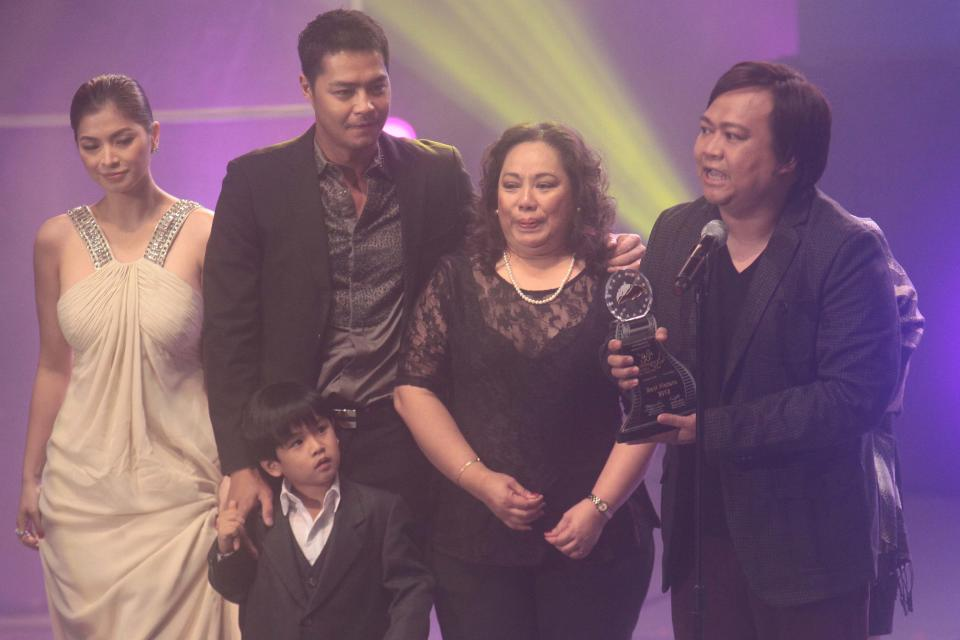 """Angel Locsin, Zanjoe Marudo, Miguel Vergara and Director Ruel Bayani accept their Best Picture Award for """"One More Try"""""""