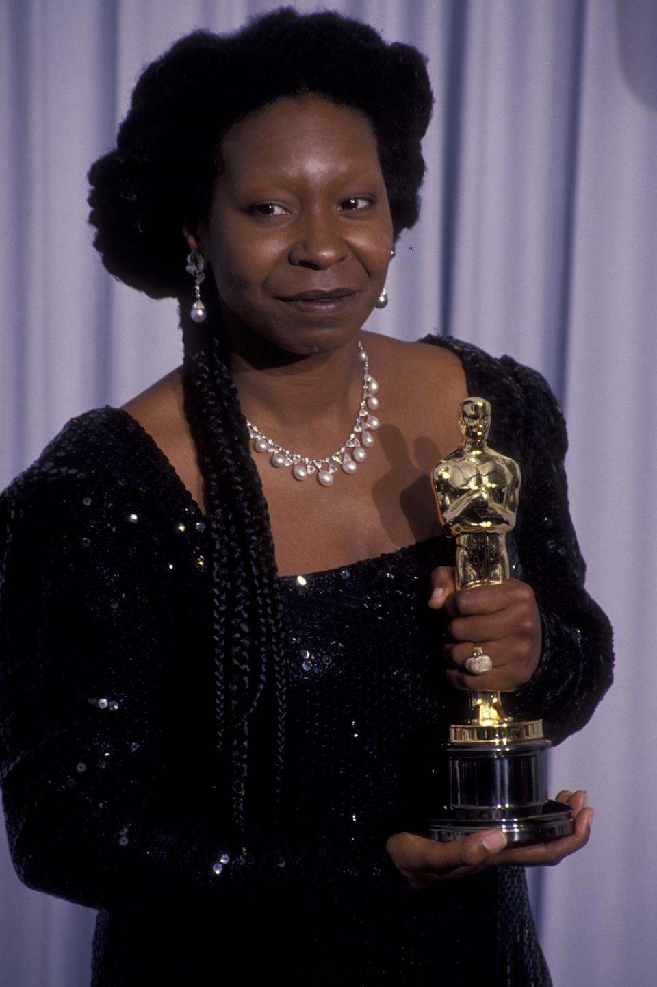 LOS ANGELES - MARCH 25:  Actress Whoopi Goldberg attends 63rd Annual Academy Awards on March 25, 1991 at the Shrine Auditorium in Los Angeles, California. (Photo by Ron Galella, Ltd./Ron Galella Collection via Getty Images)
