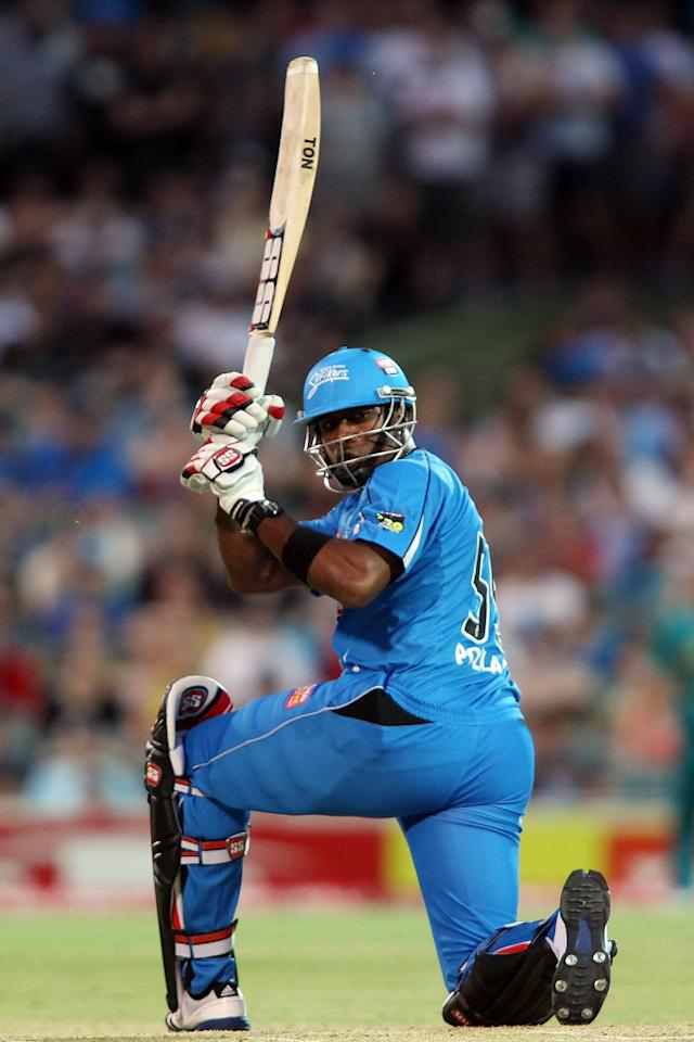 ADELAIDE, AUSTRALIA - DECEMBER 13:  Kieron Pollard of the Strikers bats during the Big Bash League match between the Adelaide Strikers and the Brisbane Heat at Adelaide Oval on December 13, 2012 in Adelaide, Australia.  (Photo by Morne de Klerk/Getty Images)