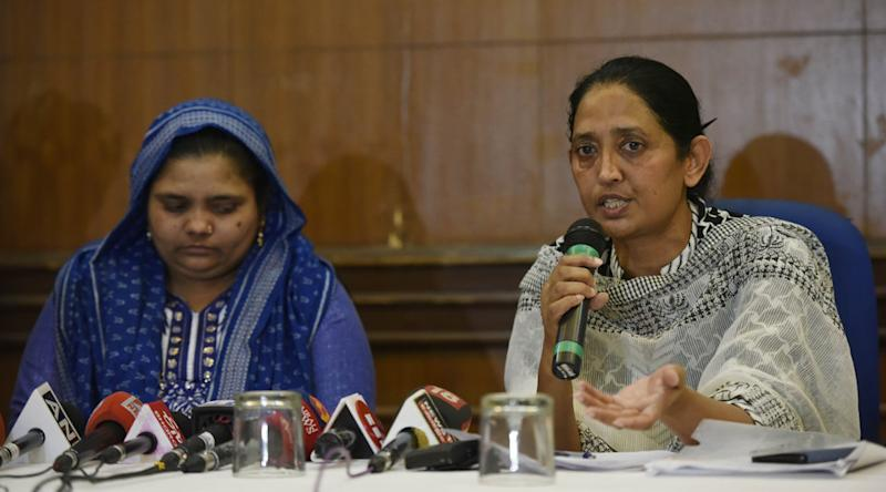 Bilkis Bano with her lawyer, Shobha Gupta, addressing a press conference in New Delhi on 24 April, 2019.