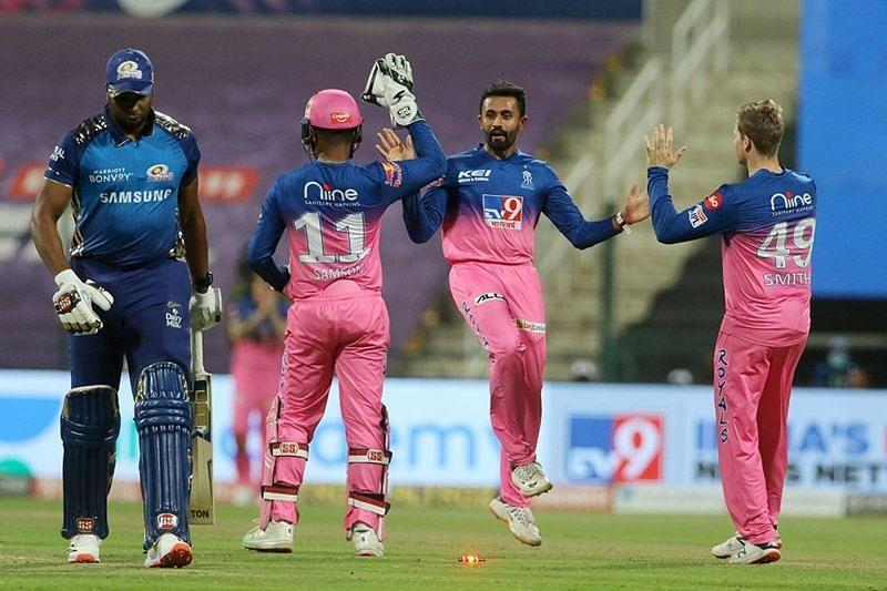RR chased down a difficult target to record the highest successful run-chase against MI. [PC: iplt20.com]