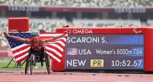 Susannah Scaroni celebrating her Paralympic record in the women's 5000m T54 at the 2021 Tokyo Paralympics