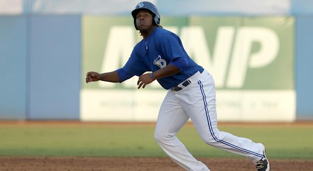 A Vladimir Guerrero Jr. line drive struck opposing pitcher Tyler Mark in the head on Wednesday night. (Photo by Cliff Welch/Icon Sportswire via Getty Images)
