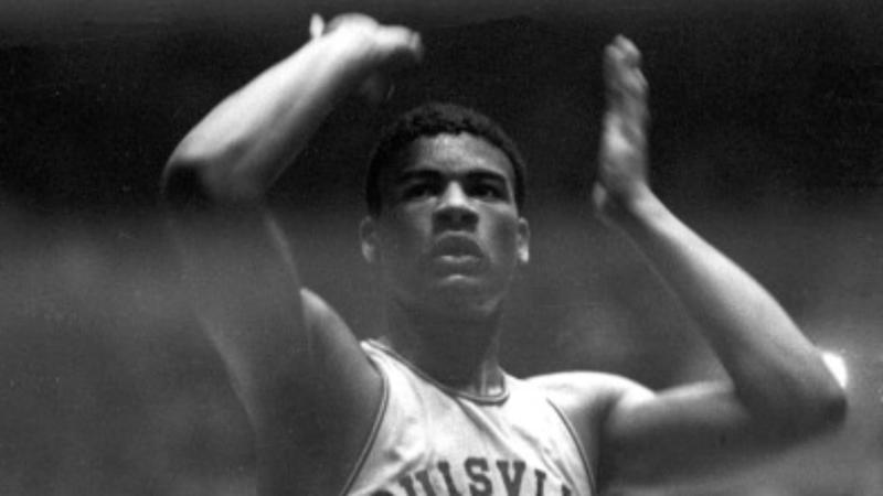 Wes Unseld was a giant both on and off the court — even standing just 6-7