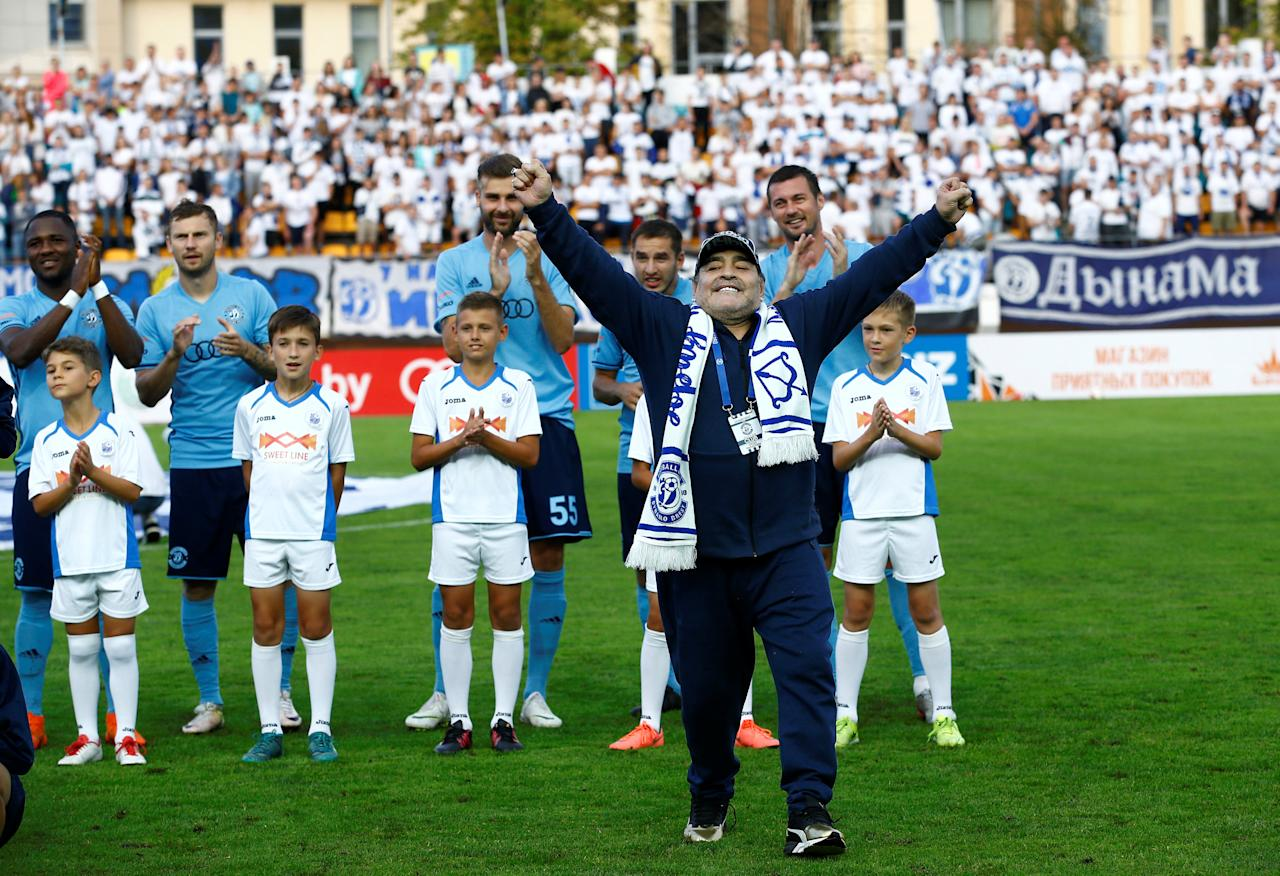 Diego Maradona, Argentina's soccer legend and newly appointed chairman of the board of Dynamo Brest football club,  arrives at the stadium to watch the match between Dinamo-Brest and Shakhtyor Soligorsk in Brest, Belarus July 16, 2018. REUTERS/Vasily Fedosenko