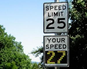 Advertising driving speeds encourages motorists to obey the law. Courtesy of Richard Drdul via Flickr.
