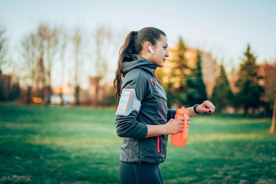"""<p>Few of us leave the house without our phones. Sure, if you're out for a <a href=""""https://www.prevention.com/fitness/a20485587/benefits-from-walking-every-day/"""" rel=""""nofollow noopener"""" target=""""_blank"""" data-ylk=""""slk:walk"""" class=""""link rapid-noclick-resp"""">walk</a> or <a href=""""https://www.prevention.com/fitness/workout-clothes-gear/g28899866/best-running-shoes-women/"""" rel=""""nofollow noopener"""" target=""""_blank"""" data-ylk=""""slk:run"""" class=""""link rapid-noclick-resp"""">run</a>, you want to get lost in the great outdoors. But there are also a million reasons you might need to check your texts, and this can be the best time of day to listen to music or a <a href=""""https://www.prevention.com/fitness/a20481968/podcasts-that-will-make-you-want-to-go-for-a-longer-walk/"""" rel=""""nofollow noopener"""" target=""""_blank"""" data-ylk=""""slk:podcast"""" class=""""link rapid-noclick-resp"""">podcast</a>. </p><p>Still, it can feel incredibly bulky (and annoying) to carry your phone or have your keys and money jingling around in your pocket while you exercise. A phone armband can be the perfect solution. We scoured the internet for the most beloved and top-rated armbands of 2021 that will hold your phone without bouncing, pinching, or chafing.</p><p class=""""body-tip"""">Find a new phone armband for your walks, then join the <a href=""""https://www.prevention.com/fitness/a28212923/prevention-virtual-walk/"""" rel=""""nofollow noopener"""" target=""""_blank"""" data-ylk=""""slk:Prevention Virtual Walk"""" class=""""link rapid-noclick-resp"""">Prevention Virtual Walk</a> on October 2, 2021! <a href=""""https://runsignup.com/prevention-virtual-walk"""" rel=""""nofollow noopener"""" target=""""_blank"""" data-ylk=""""slk:Sign up for free"""" class=""""link rapid-noclick-resp"""">Sign up for free</a> and do your 5K wherever you please. We look forward to walking """"with"""" you! </p>"""