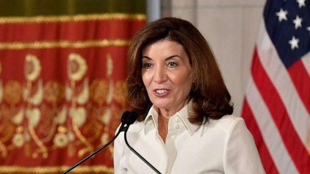 PHOTO: New York Governor Kathy Hochul speaks to the media during her swearing in ceremony at the New York State Capitol in Albany, N.Y., Aug. 24, 2021. (Angela Weiss/AFP via Getty Images)