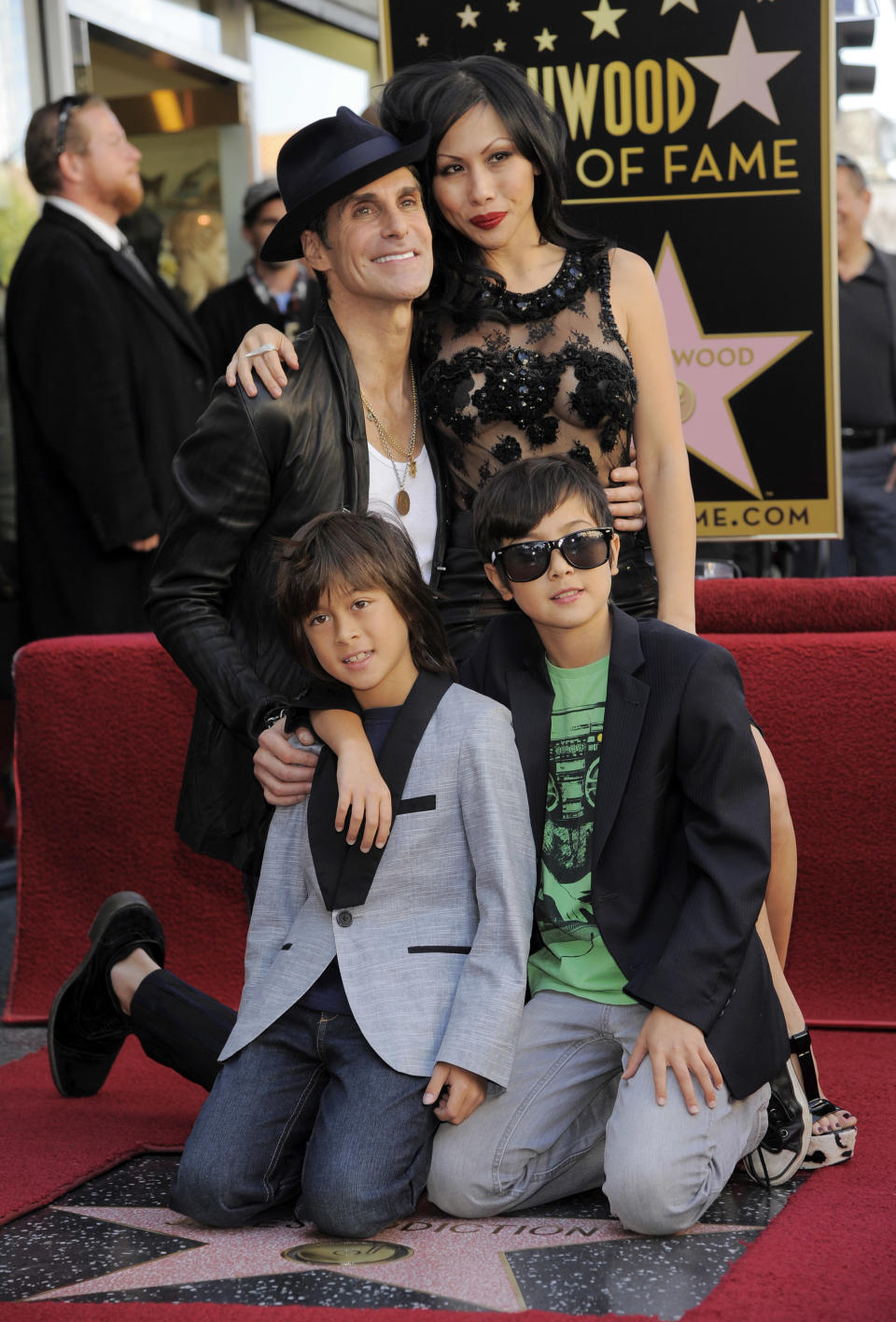 Perry and Etty Lau Farrell with their sons Izzadore and Hezron in 2013 at  Jane's Addiction's Hollywood Walk of Fame star-unveiling ceremony. (Photo: Chris Pizzello/Invision/AP)