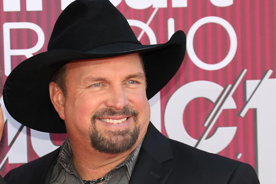 LOS ANGELES, CALIFORNIA - MARCH 14: Garth Brooks arrives at the 2019 iHeartRadio Music Awards which broadcasted live on FOX at Microsoft Theater on March 14, 2019 in Los Angeles, California. (Photo by Tony Barson/WireImage)