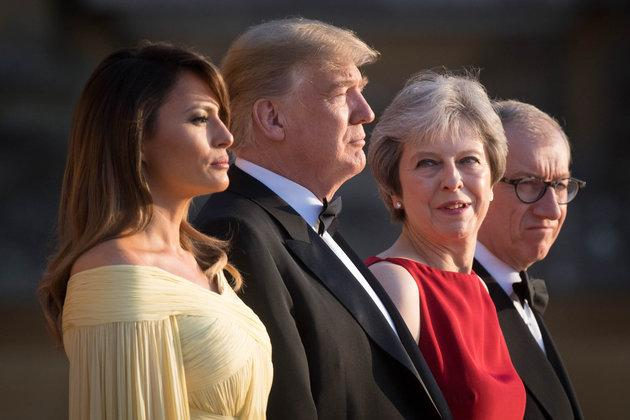 Donald Trump andFirst LadyMelania are welcomed by Theresa May and her husband Philip at Blenheim Palace, Oxfordshire.