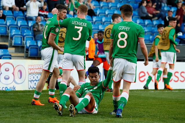 Soccer Football - UEFA European Under-17 Championship Quarter-Final - Netherlands vs Republic of Ireland - Proact Stadium, Chesterfield, Britain - May 14, 2018 Ireland's Troy Parrott celebrates scoring their first goal with team mates Action Images via Reuters/Jason Cairnduff