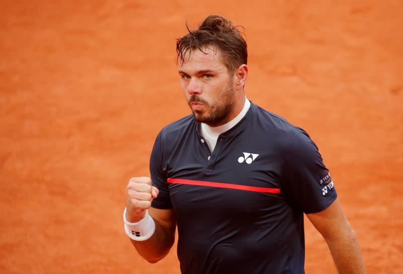 ATP roundup: Wawrinka survives St. Petersburg opener