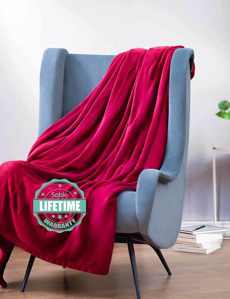 The Sable Electric Throw comes backed with a lifetime warranty. Image via Amazon.