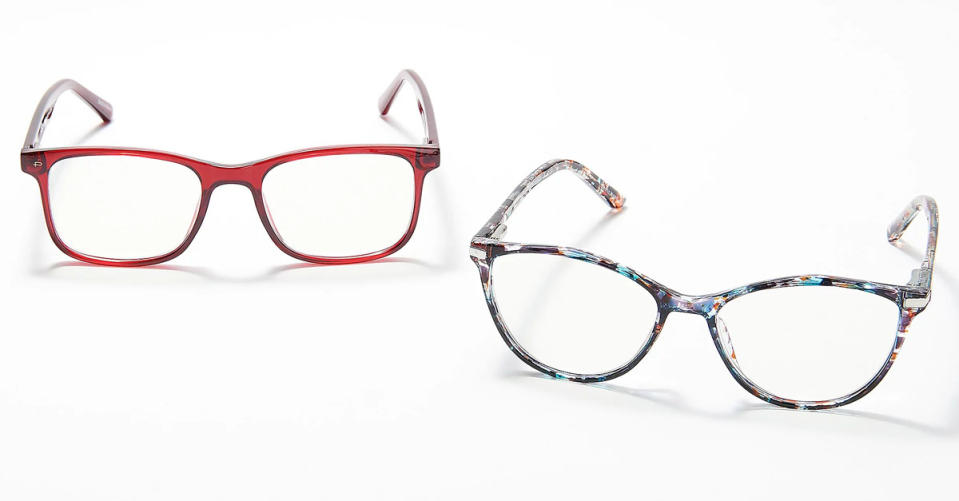 Prive Revaux Dynamic Duo Blue Light Readers in Cranberry/Tort. (Photo: QVC)