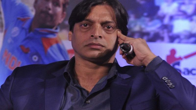 Shoaib Akhtar Slams Sarfaraz Ahmed for Electing to Bowl First During IND vs PAK CWC19 Match; Compares it to Virat Kohli's Decision in Champions Trophy 2017!