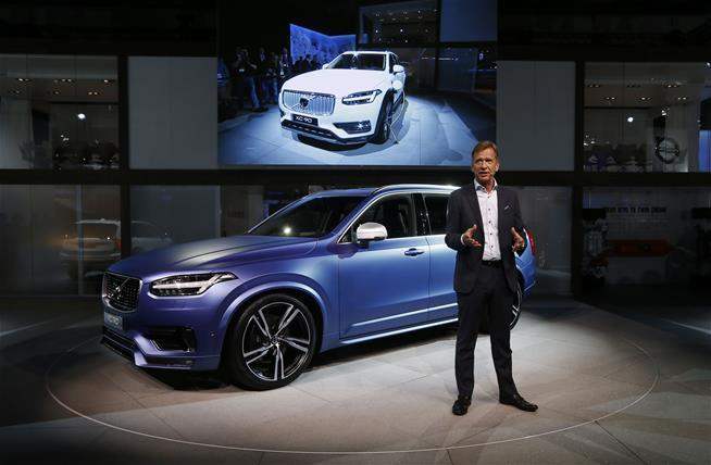Volvo By 2020 No One Will Die In Our Cars