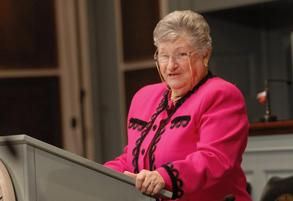 Delaware Gov. Ruth Ann Minner gives her final State of the State address in the House Chambers at Legislative Hall, Thursday, Jan. 17, 2008, in Dover, Del. (AP Photo/The News Journal, Bob Herbert)