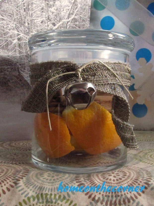 """<p>Perfect for a last-minute holiday gift, this Christmas-themed simmer pot is bliss in a jar for the olfactory senses.</p><p><strong>Get the tutorial at <a href=""""https://homeonthecorner.com/2015/12/17/last-minute-gifts-orange-cinnamon-clove-simmer-pot/"""" rel=""""nofollow noopener"""" target=""""_blank"""" data-ylk=""""slk:Home on the Corner"""" class=""""link rapid-noclick-resp"""">Home on the Corner</a>.</strong></p><p><a class=""""link rapid-noclick-resp"""" href=""""https://www.amazon.com/Jingle-Bells-1-Inch-Pack-Silver/dp/B002PIEAH4/ref=asc_df_B002PIEAH4/?tag=syn-yahoo-20&ascsubtag=%5Bartid%7C10050.g.2132%5Bsrc%7Cyahoo-us"""" rel=""""nofollow noopener"""" target=""""_blank"""" data-ylk=""""slk:SHOP JINGLE BELLS"""">SHOP JINGLE BELLS</a><br></p>"""