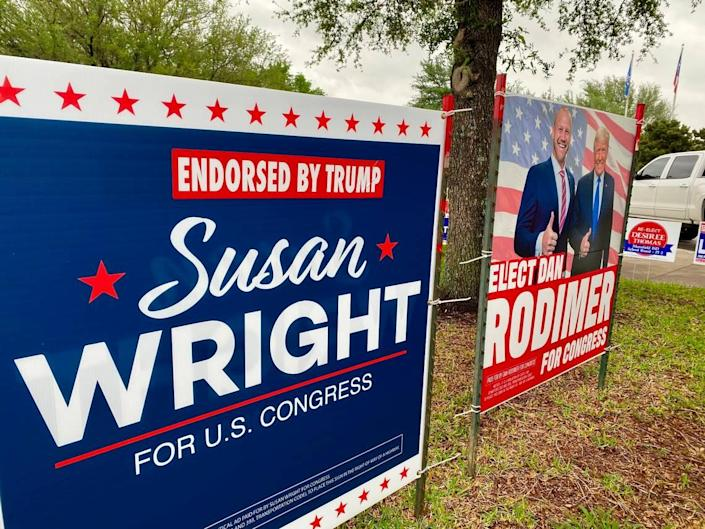 SIgns for District 6 candidates Susan Wright and Dan Rodimer both promote Donald Trump at the Mansfield subcourthouse.