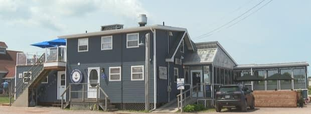 Blue Mussel Café in North Rustico is leaving it up to customers to decide whether to wear a mask. (Tony Davis/CBC - image credit)