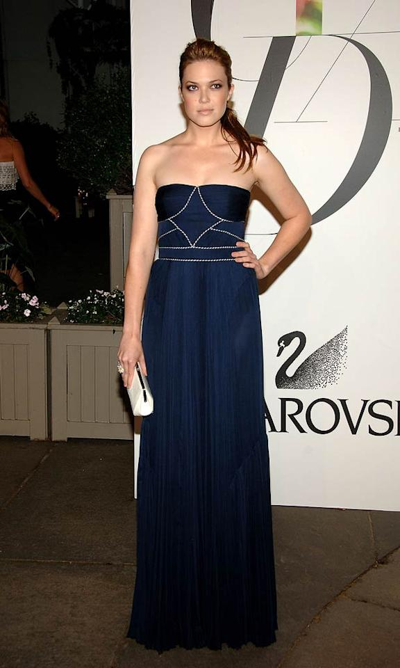 """A smoky-eyed Mandy Moore popped a pose in a strapless blue gown. Jamie McCarthy/<a href=""""http://www.wireimage.com"""" target=""""new"""">WireImage.com</a> - June 2, 2008"""