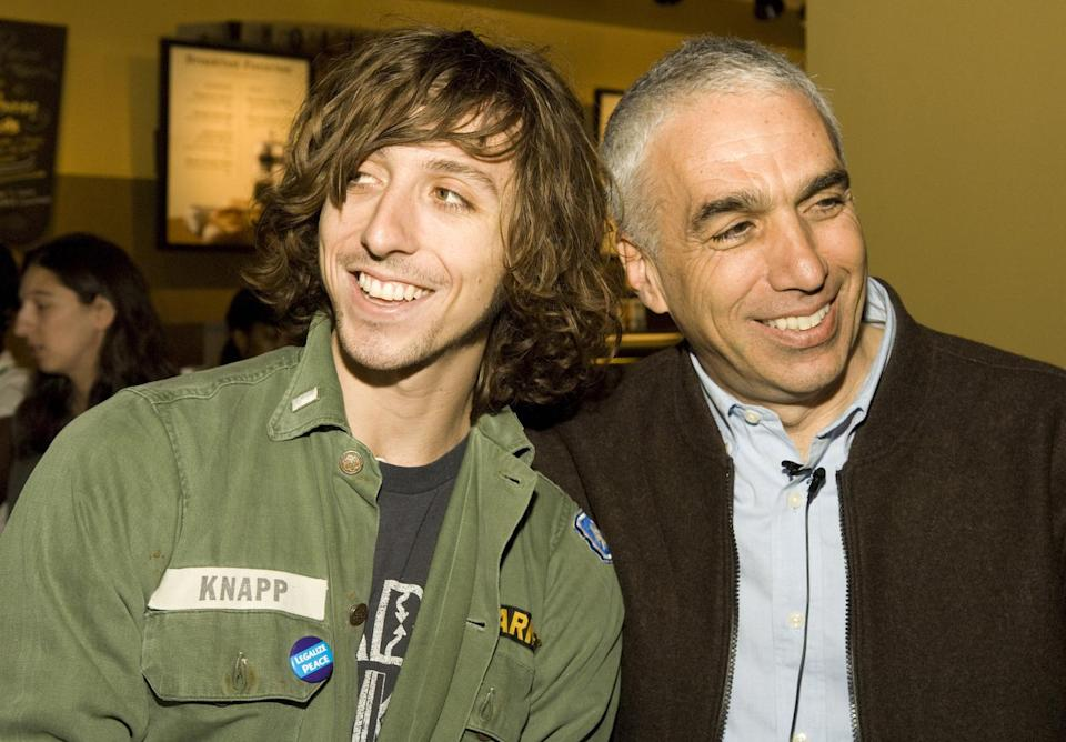 "Nic Sheff and father David Sheff promoting David's memoir ""Beautiful Boy"" on February 26, 2008 in New York City. (Photo: Getty Images)"