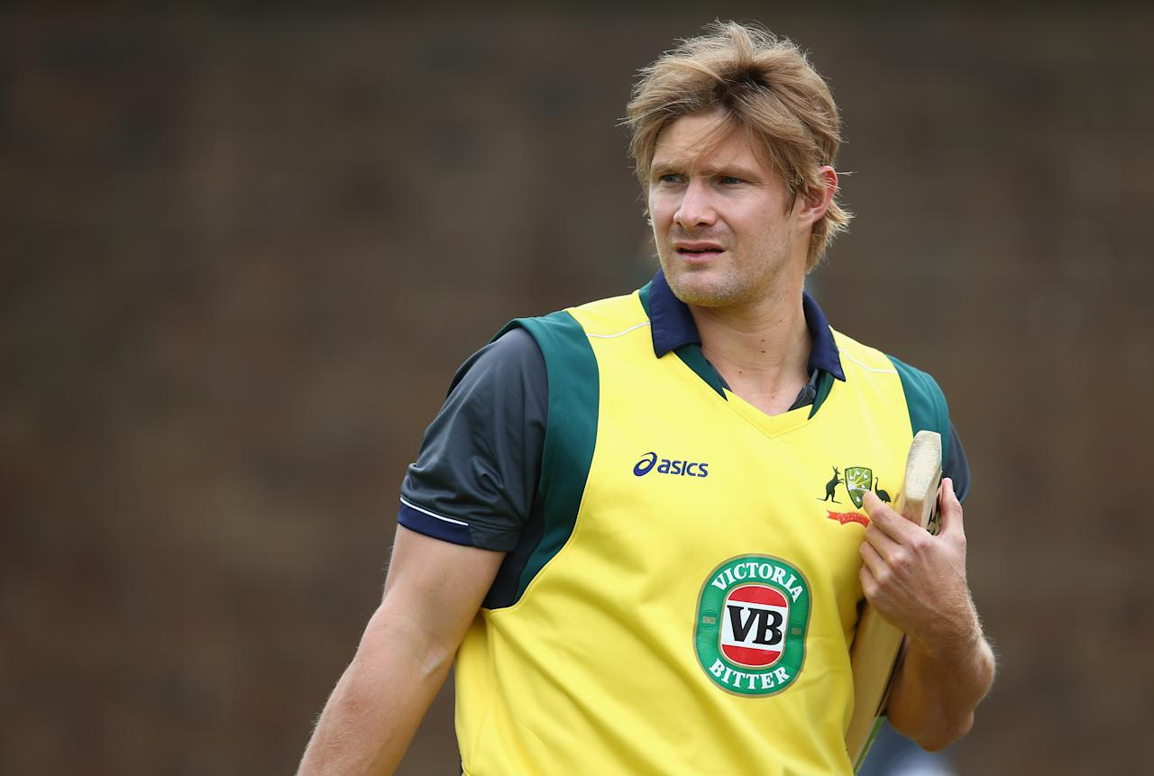 BIRMINGHAM, ENGLAND - SEPTEMBER 10:  Shane Watson of Australia prepares to bat during a net session ahead of the third NatWest One Day International Series match between England and Australia at Edgbaston on September 10, 2013 in Birmingham, England.  (Photo by Clive Mason/Getty Images)