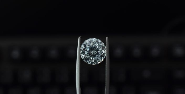 Lab-grown diamonds are created by either subjecting slivers of diamond seeds to extremely high temperatures and pressure (similar to the conditions in which natural diamonds are formed) or by placing the seeds in chambers of carbon-rich gas and heating it. (Representational image)