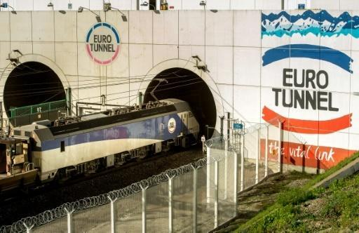 UK prosecutors press ahead with Channel Tunnel case