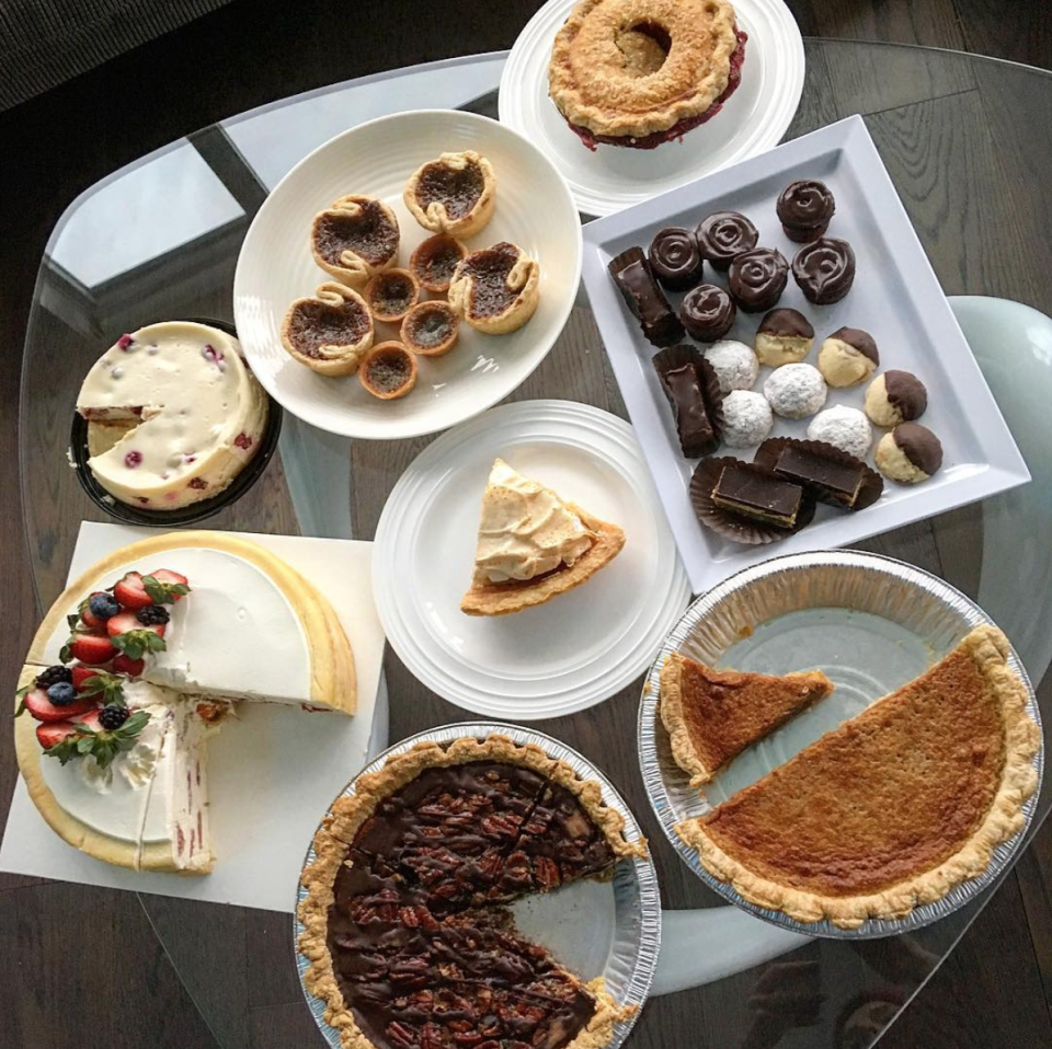 "<p>The <em>Pitch Perfect</em> star had mouths watering over a gorgeous snapshot from her ""belated Thanksgiving."" She deadpanned, ""Need more pie."" (Photo: <a rel=""nofollow noopener"" href=""https://www.instagram.com/p/Bb7-R0tF4sr/?hl=en&taken-by=annakendrick47"" target=""_blank"" data-ylk=""slk:Anna Kendrick via Instagram"" class=""link rapid-noclick-resp"">Anna Kendrick via Instagram</a>) </p>"