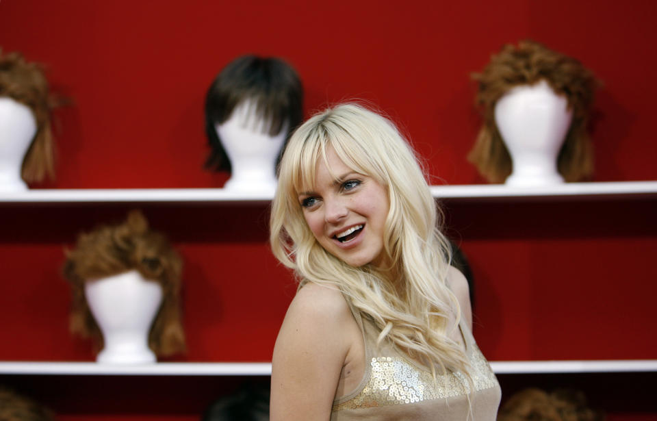 Actress Anna Faris attends the movie premiere of