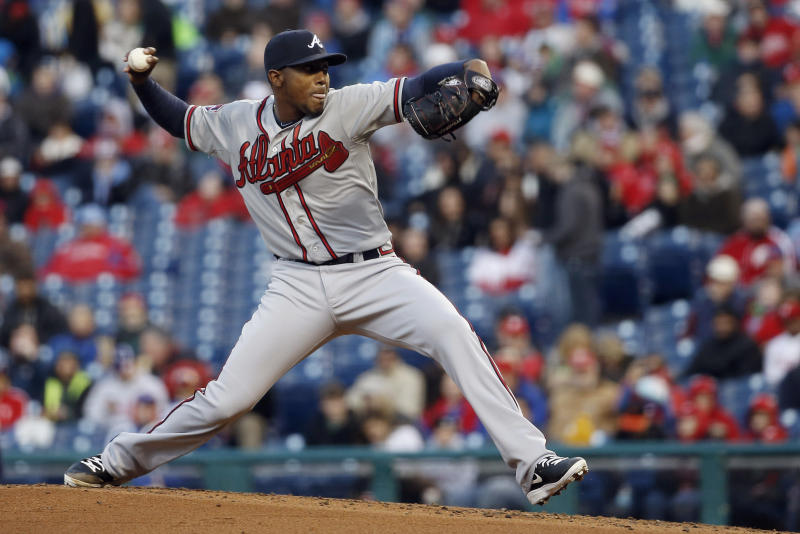 Teheran 3-hits Phillies; Braves win 1-0