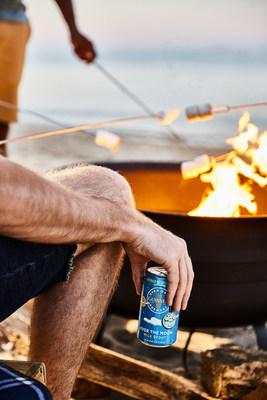 Its roasted barley character pairs nicely with most grilled or roasted meats, while its subtle sweetness and notes of chocolate and coffee blend nicely with a wide range of desserts like pecan pie, chocolate chip cookies or even s'mores.