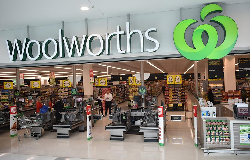 Woolworths has warned of an apparent phishing scam targeting Facebook users.