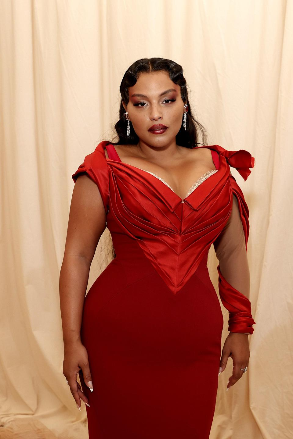 NEW YORK, NEW YORK - SEPTEMBER 13: Paloma Elsesser attends The 2021 Met Gala Celebrating In America: A Lexicon Of Fashion at Metropolitan Museum of Art on September 13, 2021 in New York City. (Photo by Arturo Holmes/MG21/Getty Images)
