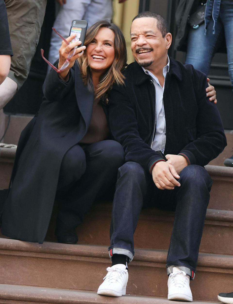 <p>Mariska Hargitay and Ice T snap a smiling selfie on the set of <i>Law and Order: Special Victims Unit</i> on Monday in N.Y.C. </p>