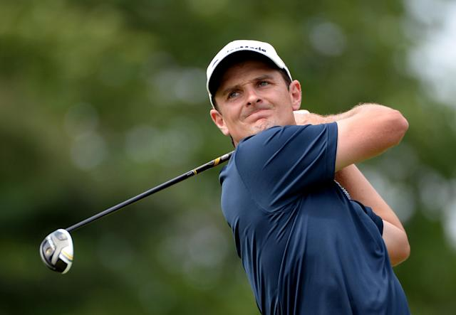 ARDMORE, PA - JUNE 16: Justin Rose of England hits his tee shot on the third hole during the final round of the 113th U.S. Open at Merion Golf Club on June 16, 2013 in Ardmore, Pennsylvania. (Photo by Ross Kinnaird/Getty Images)
