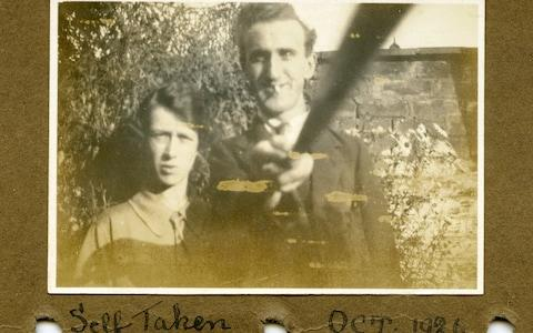 Selfie Stick, 1926 - Credit: Royal Photographic Society/Trov