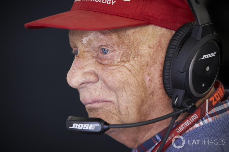 "Vienna hospital says Lauda showing ""continuous improvement"""