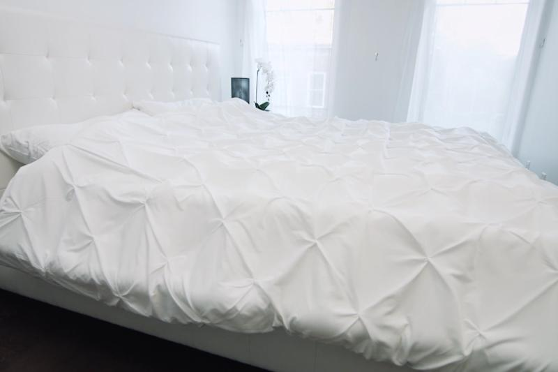 Smartduvet doesn't think you should make your bed and will do it for you