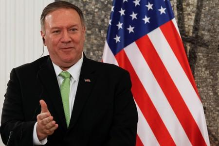 Pompeo stops in Montenegro and North Macedonia to discuss NATO, no comment on Ukraine