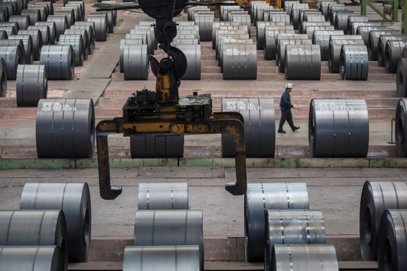 China's steelmakers should cut output - Japan's steel industry head