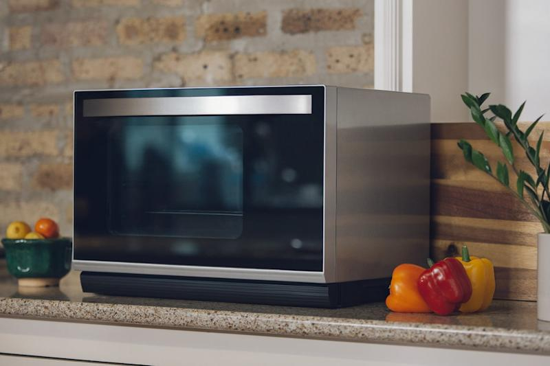 After a long wait, the Tovala oven is here for modern cooking convenience