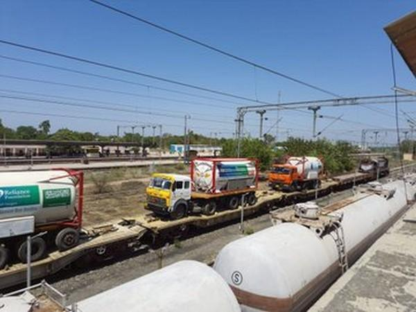 Oxygen Express carrying around 225 MT of oxygen arrives Delhi Cantt. (Photo/ANI)