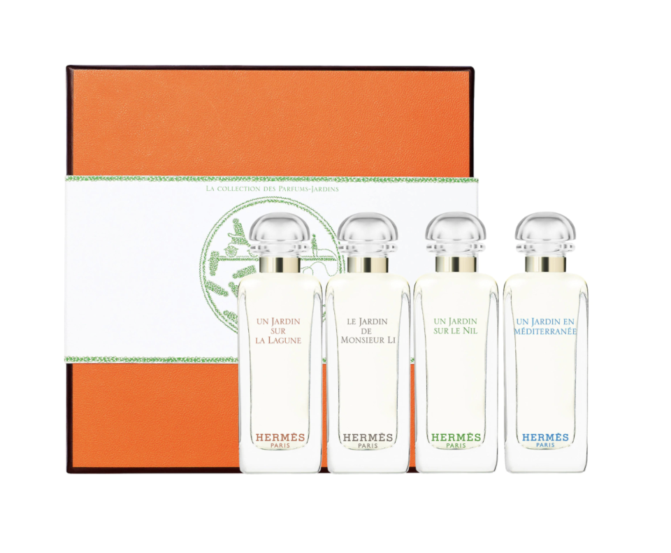 """<p><strong>HERMÈS</strong></p><p>sephora.com</p><p><strong>$50.00</strong></p><p><a href=""""https://go.redirectingat.com?id=74968X1596630&url=https%3A%2F%2Fwww.sephora.com%2Fproduct%2Fjardin-collection-miniature-coffret-set-P450560&sref=https%3A%2F%2Fwww.redbookmag.com%2Flife%2Fg34761712%2Fgifts-for-boyfriends-mom%2F"""" rel=""""nofollow noopener"""" target=""""_blank"""" data-ylk=""""slk:Shop Now"""" class=""""link rapid-noclick-resp"""">Shop Now</a></p><p>Impress his mom without breaking the bank with this garden-inspired perfume gift set from Hermès. Not only is it full of spring-ready scents, but it'll show her you've got great taste. (Of course you do, you're dating her son.) </p>"""