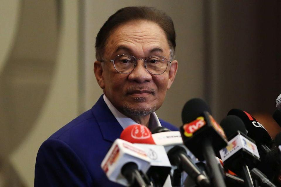 Datuk Seri Anwar Ibrahim said PKR will continue the reform agenda centred on the principles of justice and Malaysia's well-being. — Picture by Yusof Mat Isa